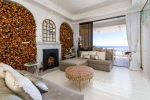 Cape Town Apartment - Clifton Beachfront Dream Apartment